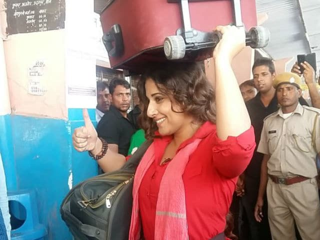 Vidya Balan Spends a Day as a Coolie For TV Show