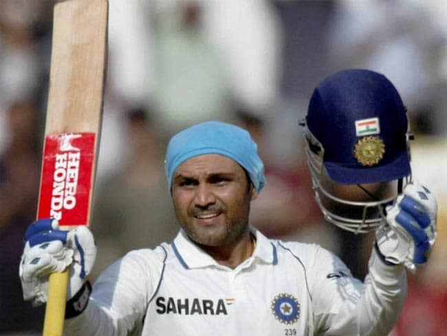 सहवाग ने धोनी से अपने संबंध और अपनी आक्रामक बल्लेबाजी के बारे में किया खुलासा