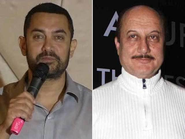 On Twitter, Anupam Kher Asks Aamir Which Country he Wants to Move to