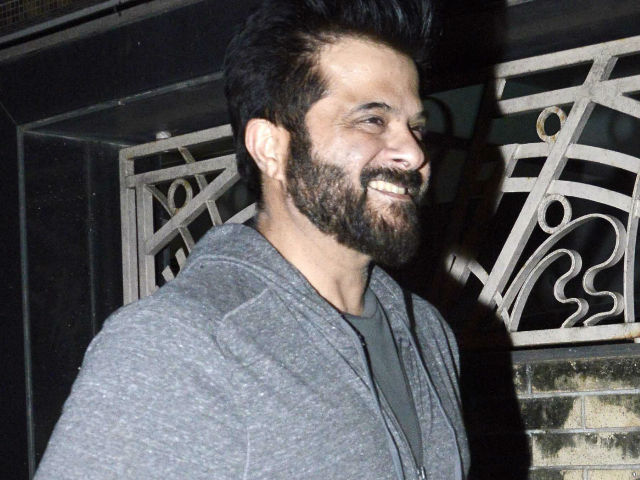 Anil Kapoor Says 'Intolerance' is Not New, Doesn't Agree With Awardwapsi