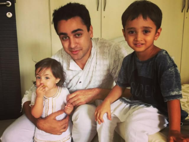 Aamir's Son and Imran's Daughter Make a Cute 'Baby Sandwich' in This Pic