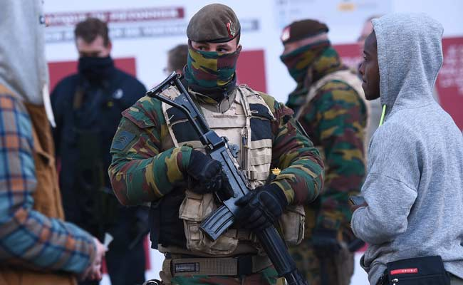 Belgium Detains 5 More People in Raids Today