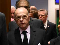 French Prime Minister Bernard Cazeneuve Accuses Le Pen Of 'Exploiting' Paris Attack