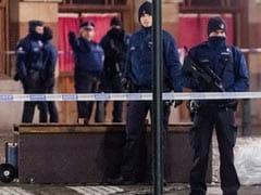 Brussels Under Lockdown as Terror Suspect Eludes Authorities