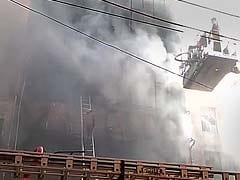 Fire Breaks Out at Building in East Delhi, 20 Fire Engines Rushed