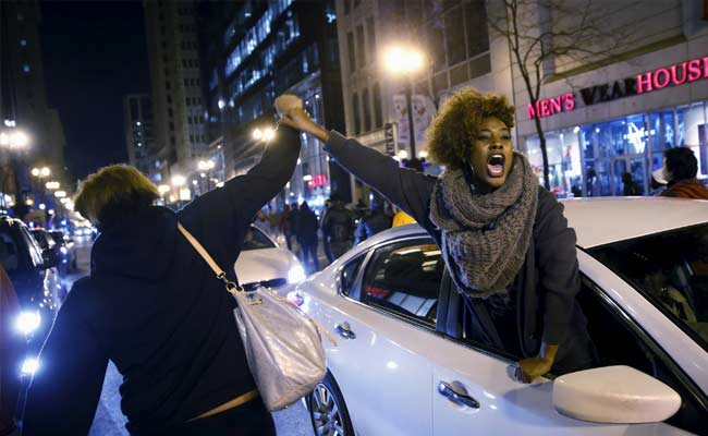 Video Shows Cop Shot Black Teen 16 Times: Protest Erupts in Chicago