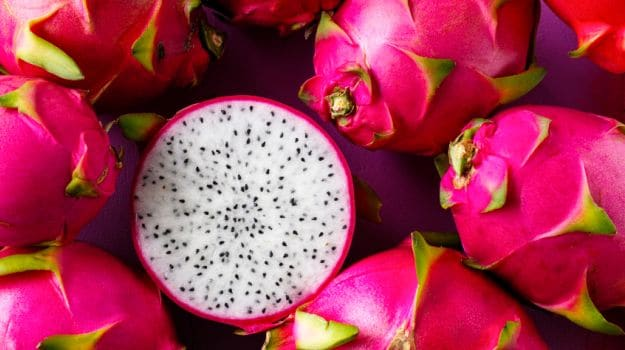 7 Amazing Dragon Fruit Benefits: The Antioxidant & Vitamin Powerhouse