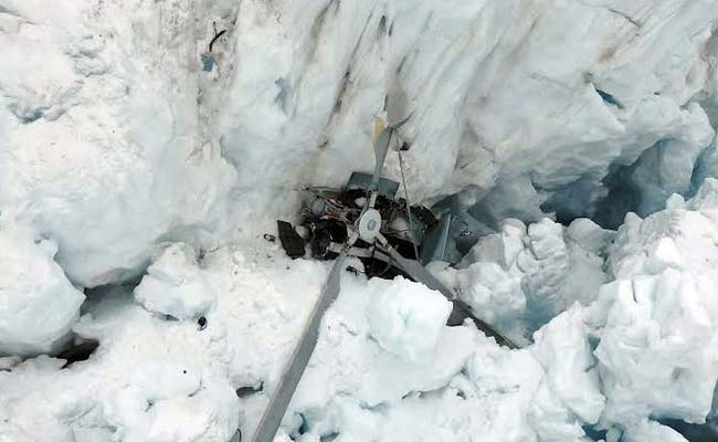 Weather Hampers New Zealand Alpine Crash Recovery as Bodies Identified
