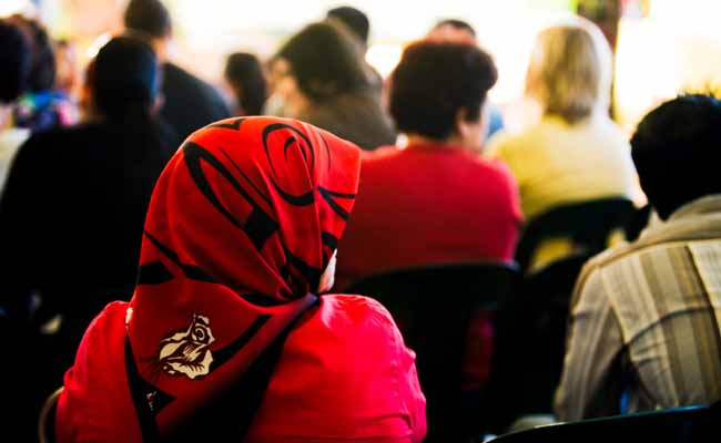 'Threatened By Their Hijab,' Australian Schoolgirls Forced to Leave Career Expo
