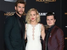 <i>The Hunger Games</i> Cast Pays Tribute to Those Who Died in Paris Attacks
