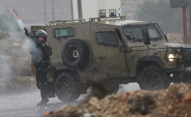इस्राइल ने सीरियाई सेना के ठिकाने पर बमबारी की