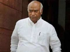 To Pacify Karnataka MLAs, Mallikarjun Kharge Turns To Rahul Gandhi