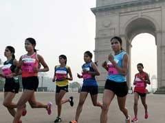 हाफ मैराथन में दौड़ी दिल्ली, 34 हज़ार धावकों ने हिस्सा लेकर बनाया नया रिकॉर्ड