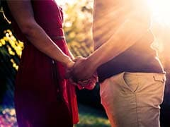 Chinese Couples Favour Marriage at 26