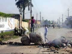 Indian Killed as Nepal Police Fire on Protesters on Bridge at Border With India