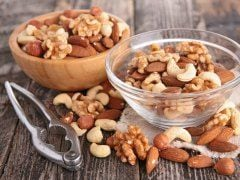 6 Heart Healthy Nuts and Why They're Really Good For You
