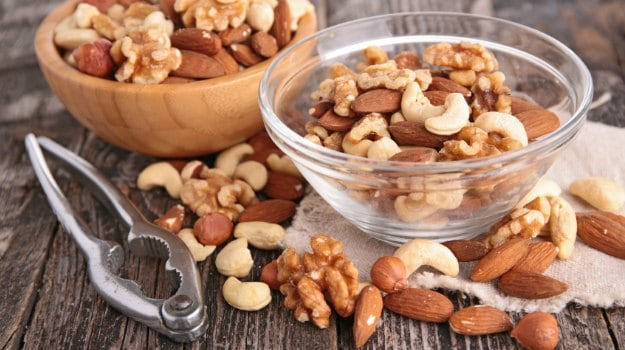 Eating Nuts May Cut Mortality Risk From Prostate Cancer