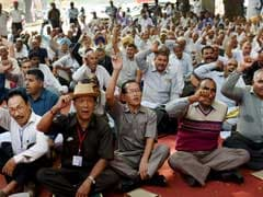 Over 200 Retired Paramilitary Personnel Demand One Rank One Pension