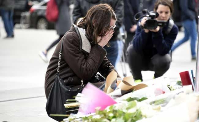 Paris Attacks Kill Over 120, Islamic State Threatens France