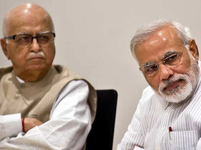 नीतीश के शपथ ग्रहण समारोह में आमंत्रित किए गए बीजेपी नेता आडवाणी और शत्रुघ्न सिन्हा