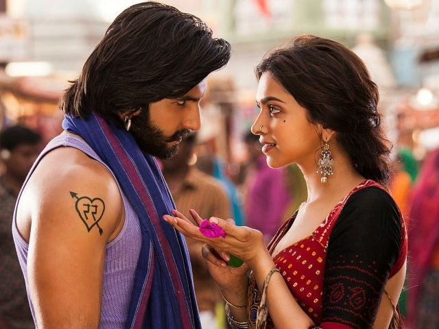 Ranveer Singh Settles the Question of Who Deepika Looks 'Hotter' With