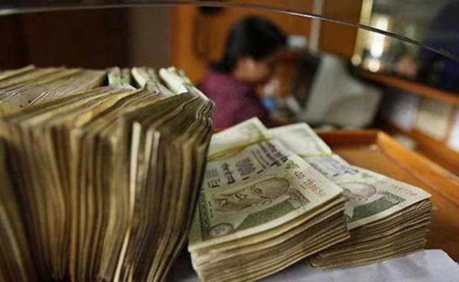 State-run Banks May Have Sold Dollars to Stem Rupee Fall: Traders