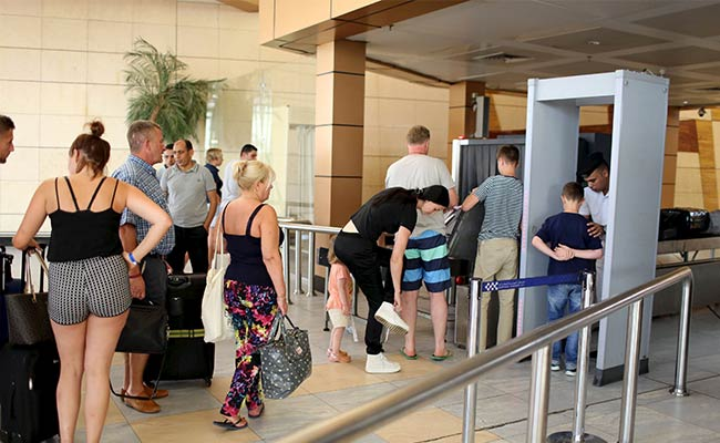 2,000 More UK Travellers Stuck in Egypt Fly Home