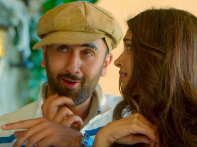 Tamasha 'Pays Homage' to Dev Anand. Ranbir Kapoor Explains