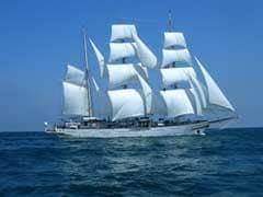 चीन से मुकाबले के लिए भारतीय और ओमान की नौसेनाओं की मस्कट से कोच्चि तक संयुक्त समुद्री यात्रा