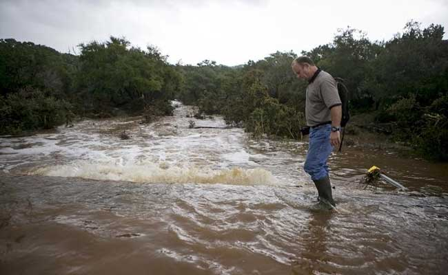 Texas Storms Kill at Least 6, Bring Torrential Rains