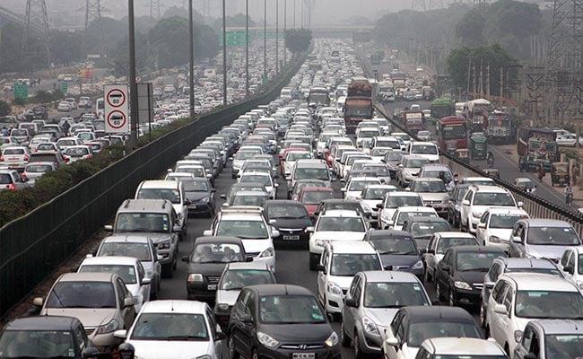 Exclusive: नए साल में दिल्ली में गाड़ी लेना होगा महंगा, अब 75 हजार रुपये तक देना होगा पार्किंग चार्ज