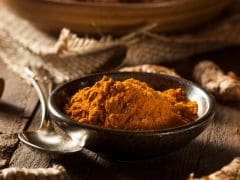 Turmeric Powder for Beauty: How to Use it for Your Face and Skin