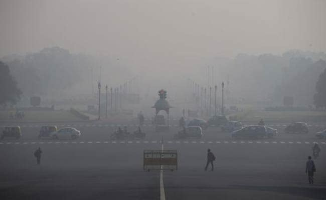 Delhi Pollution: Doctors Advise To Stay Indoors And Wear Masks