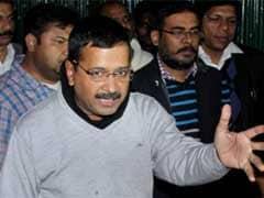 दिल्ली : डरे हुए हैं अफसर, संकट में सीएम अरविंद केजरीवाल