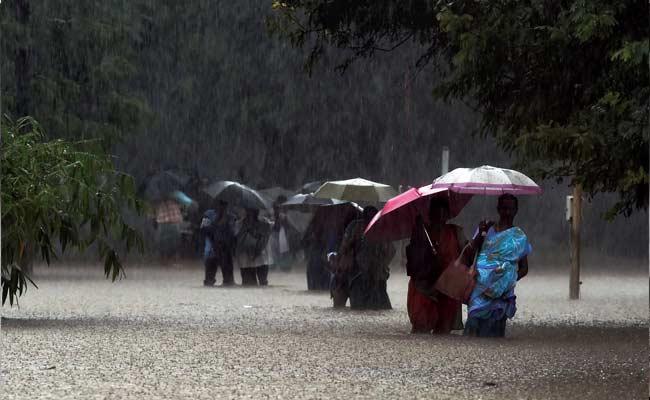 Heavy Rains Pound Guntur, Prakasam In Andhra Pradesh; 1 Killed