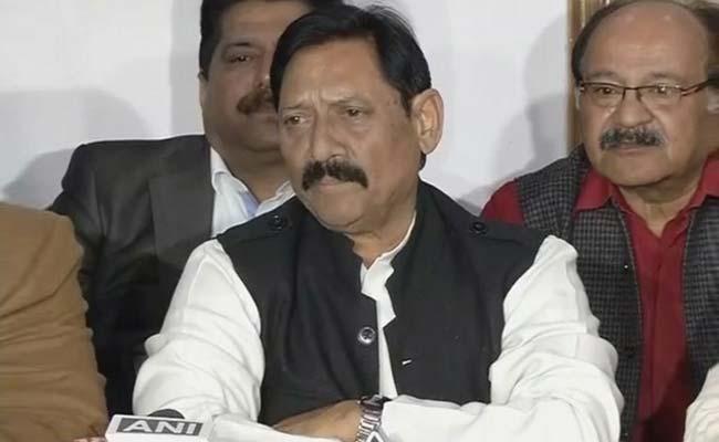 चेतन चौहान: क्रिकेट से लेकर राजनीति तक...
