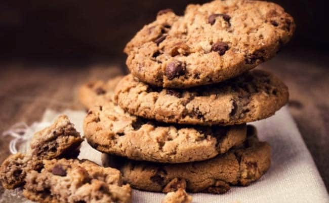 Think Before You Take a Bite! Harmful Bacteria Can Survive in Cookies for Months