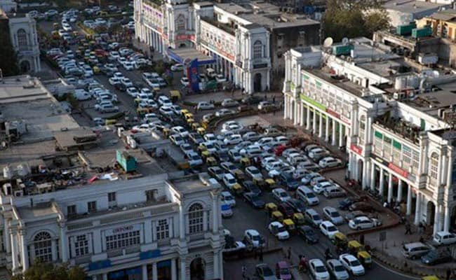 Supreme Court Fixes March 31 As Deadline For All Cabs To Convert To CNG In Delhi