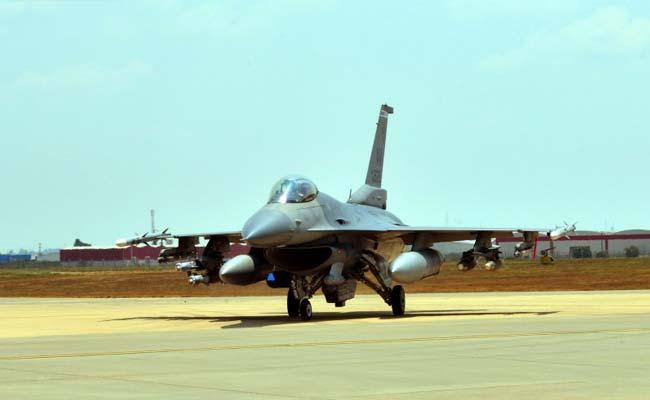 US Congress Stalls F-16 Sale To Pakistan: Report