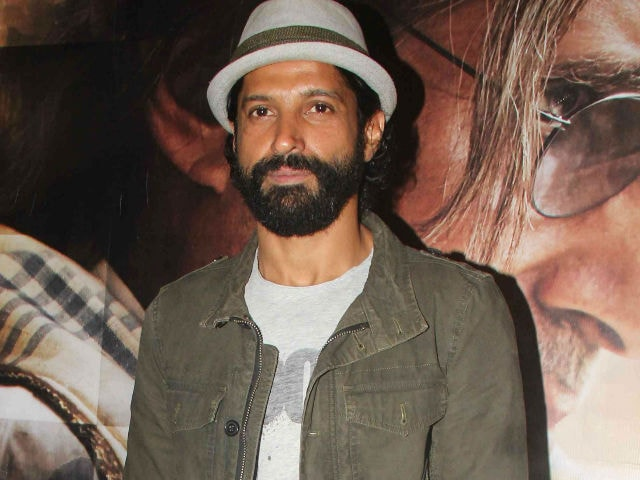 Farhan Akhtar Supports Actresses' Demand of Wage System