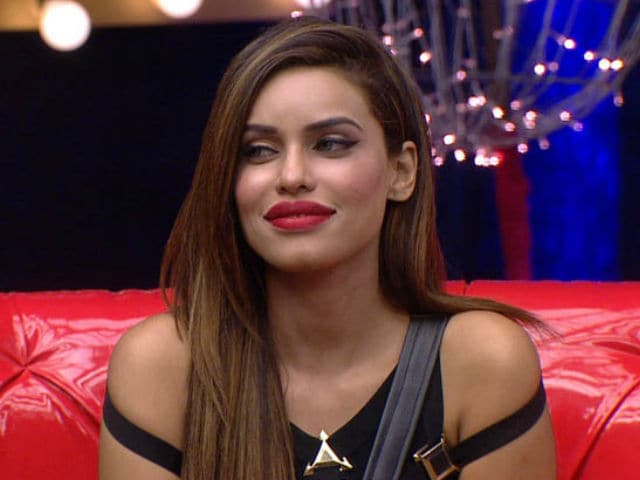 Bigg Boss 9: Gizele Thakral Eliminated, Wants to Work With Salman Khan