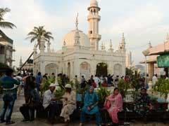 मुंबई की हाजी अली दरगाह मामला : सुप्रीम कोर्ट ने बीएमसी से सौंदर्यीकरण के लिए कहा