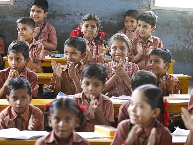 संबलपुर : स्वतंत्रता दिवस समारोह के दौरान मिठाई खाने से 71 बच्चे बीमार पड़े