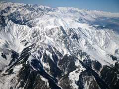Europe's Last 'Sherpas' Race Up Slovak Peak