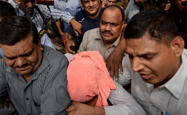 Delhi Gang-Rape: Juvenile Convict Fears For His Life Outside NGO