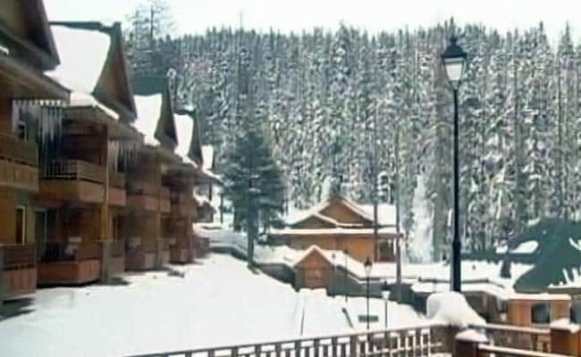Kashmir Valley Freezes, Minimum Temperature Below Freezing Point