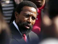 नेल्सन मंडेला के भतीजे दक्षिण अफ्रीकी राजा की 12 साल जेल की सजा शुरू