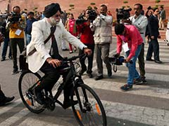 'Worried For Children,' Says 68-Year-Old Lawmaker who Cycled to Parliament