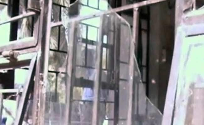 Offices of Lokmat Newspaper Attacked Over Piggy Bank Cartoon