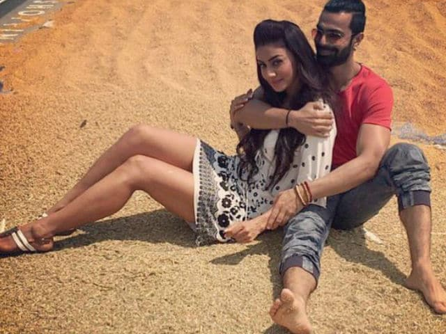 Maheck Chahal Says Ashmit Patel Makes Her Feel 'Secure'